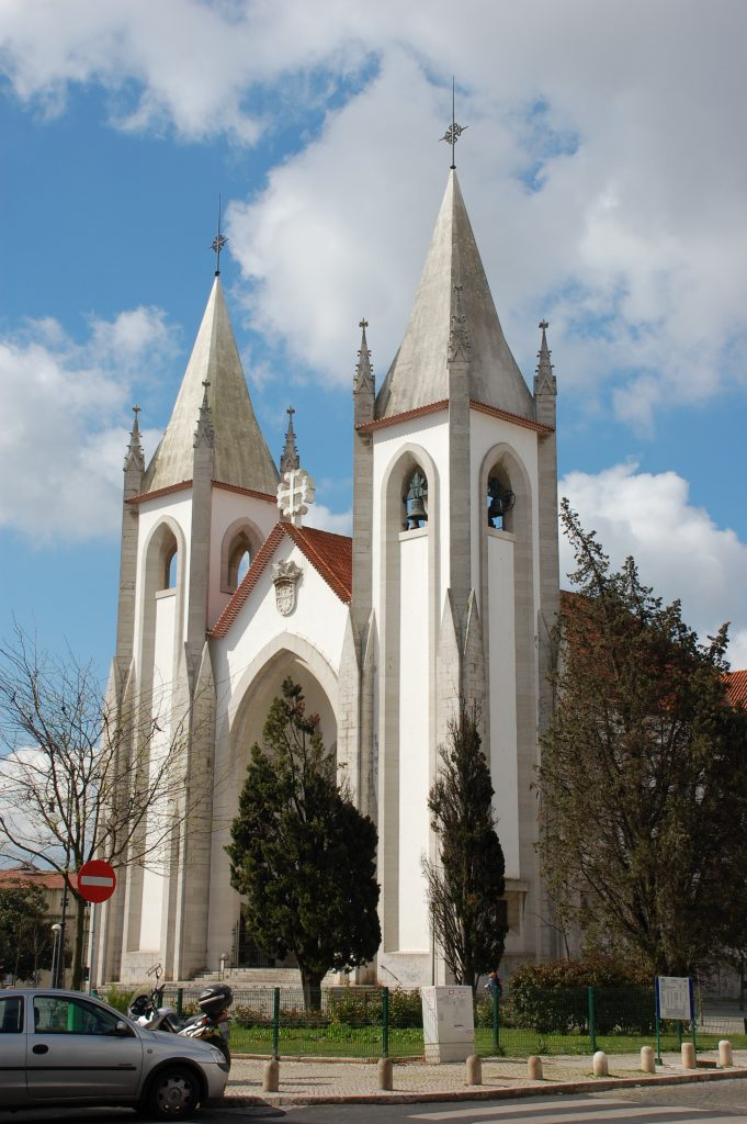 Santo Condestável, on the southern edge of Campo de Ourique.