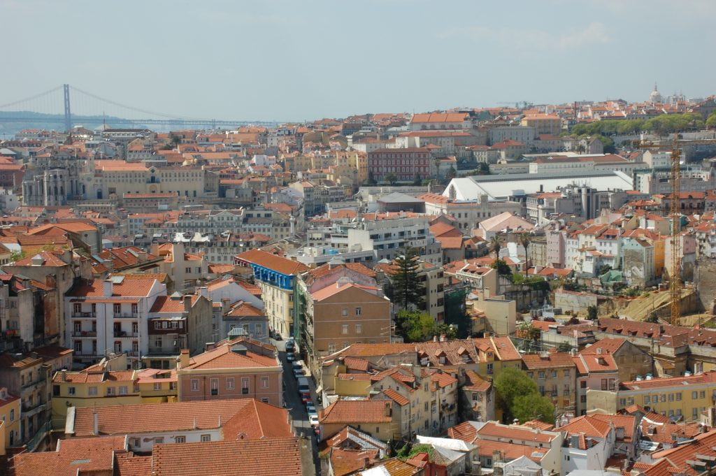 This is a view from the miradouro beside the Convento Nossa Senhora da Graça. The Basilica da Estrela (about 3km away), which is very near where we are staying, can be seen in the upper right corner.