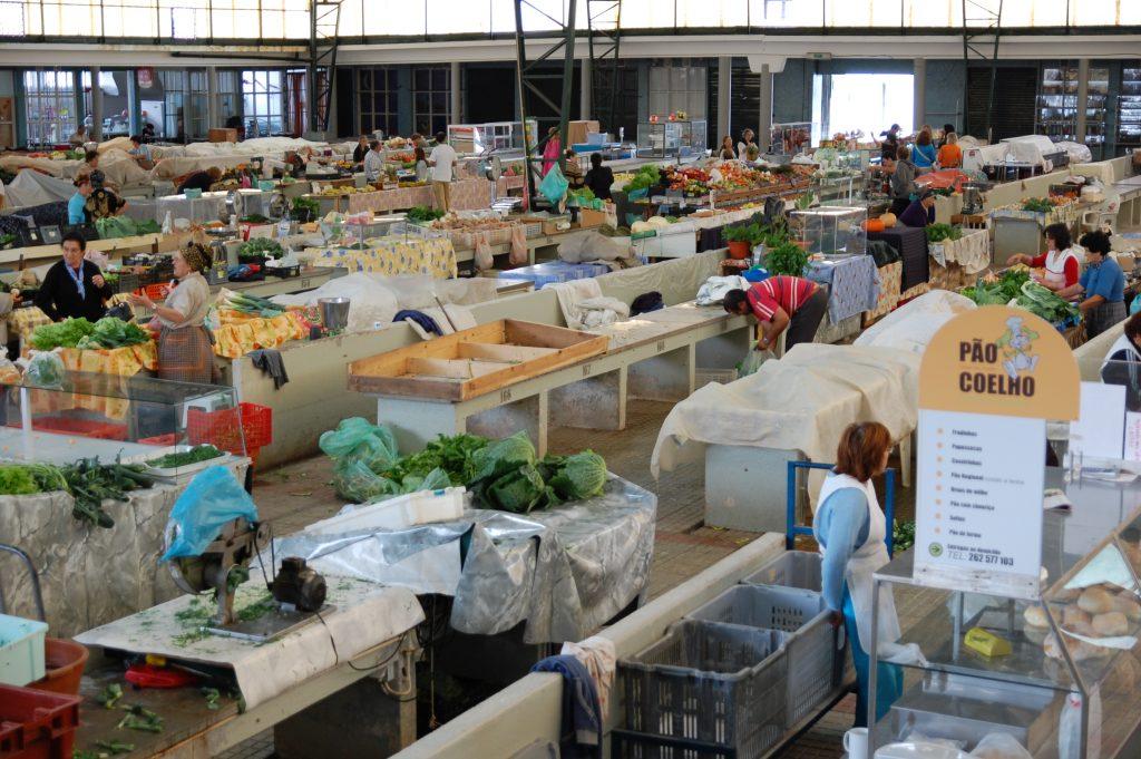 Market in Nazaré.