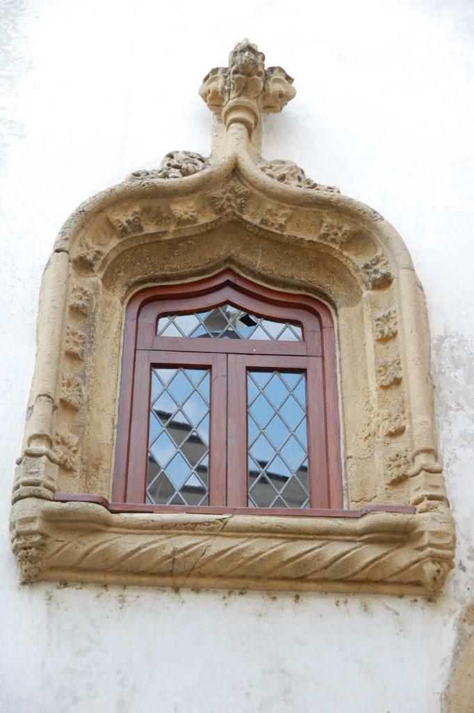 Window on the Almedina Tower.
