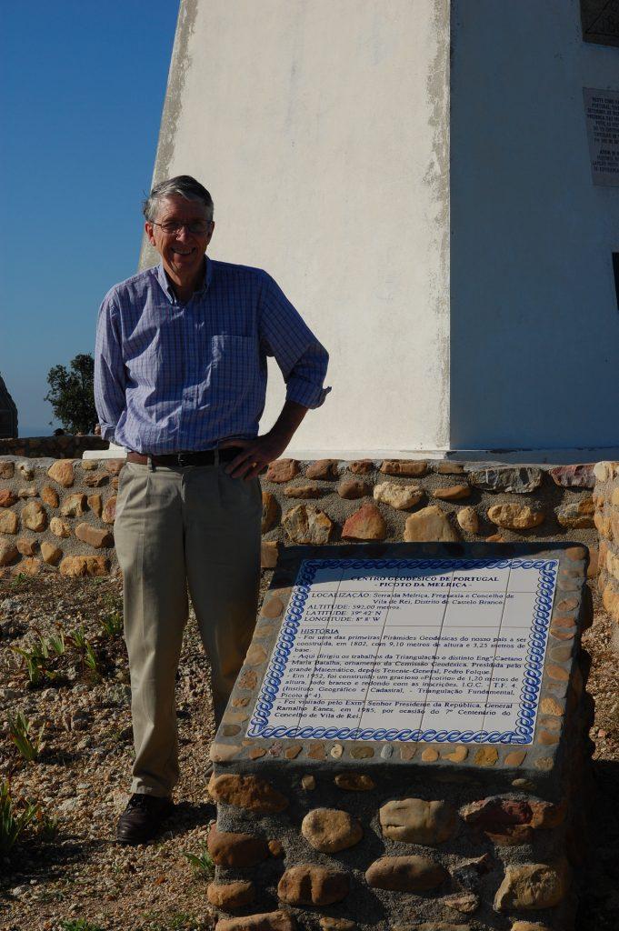 Steve at the centro geodésico de Portugal.