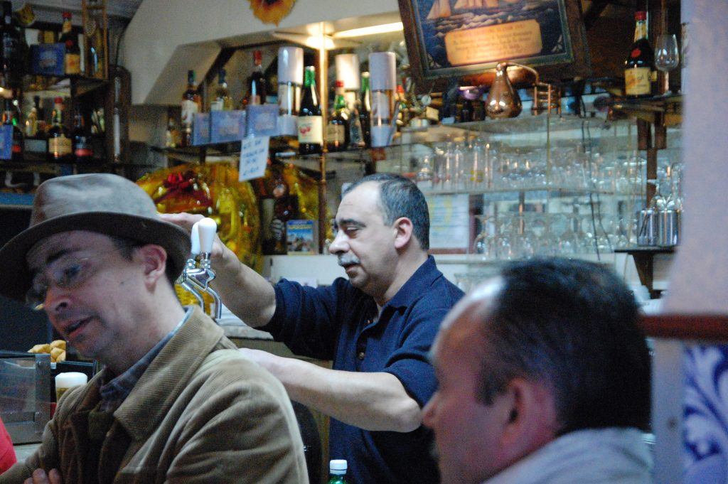 The eponymous owner, Jaime, serves drinks between sets.  Jaime and his wife, Laura, are very nice.  Jaime also sings fado.