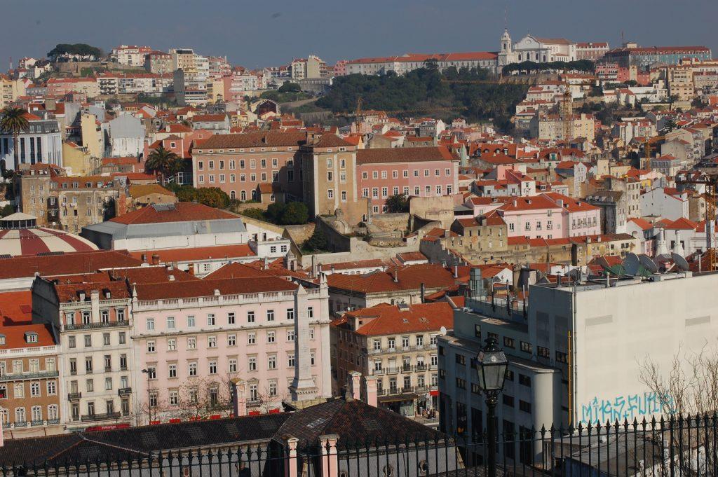 Another great view of part of Lisboa from São Pedro de Alcântara.