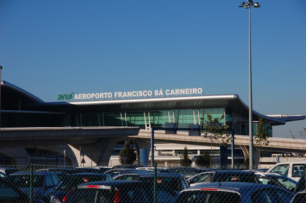Porto's airport. We landed here after a pleasant, direct and uneventful flight on SATA.