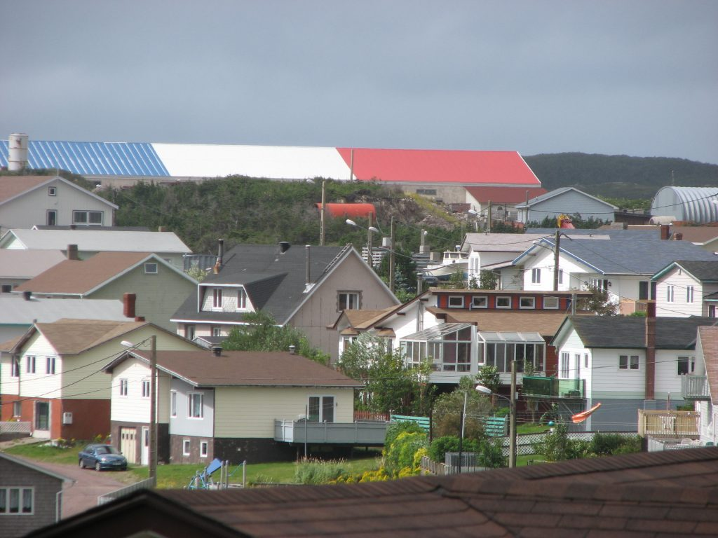 Bleu, blanc, rouge in Saint-Pierre.